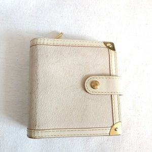 Louis Vuitton Suhali zip wallet